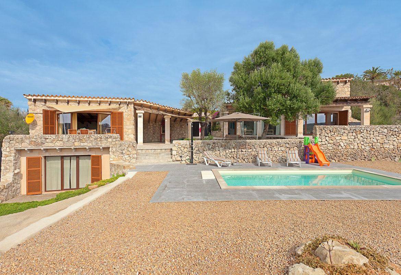 Jetzt die schönsten Fincas auf Mallorca mit Privat-Pool bei 8Villas.de